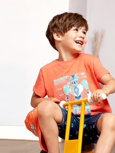 T-shirt de mangas curtas coral menino TIONAGE / 20E3PGP2TMC415